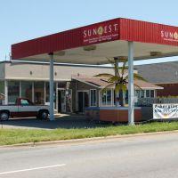 Sunquest Spas Hwy. 127 Hickory, NC, Хикори