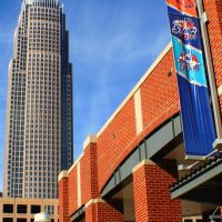 Bank of America Tower & Bobcats Arena, Шарлотт