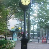 Rousso Clock, Trade Street At Tryon Street, Center City Charlotte, Шарлотт