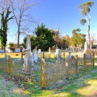 NORTH CAROLINA: ELIZABETH CITY: enclosure in Christ Church Cemetery, Элизабет-Сити
