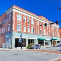 NORTH CAROLINA: ELIZABETH CITY: Kramer Building (1909), 500-512 East Main Street, Элизабет-Сити