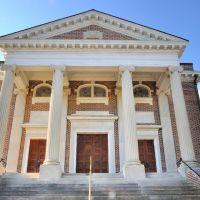 NORTH CAROLINA: ELIZABETH CITY: First United Methodist Church (1922), 205 South Road Street entrance aspect, Элизабет-Сити