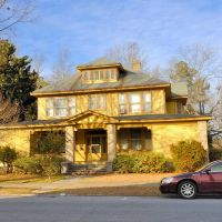 NORTH CAROLINA: ELIZABETH CITY: private residence, 200 West Main Street, Элизабет-Сити