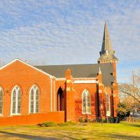 NORTH CAROLINA: ELIZABETH CITY: The First Baptist Church, 300 West Main Street western aspect, Элизабет-Сити