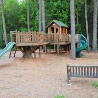 Playground, Энка