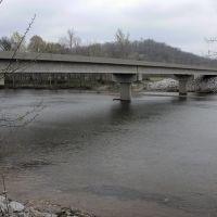 Under the Goose Shoals Bridge, Айрон-Сити