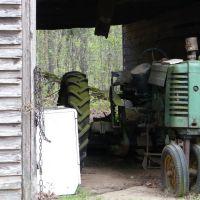 Tired old workhorse, Etowah, TN, Атенс
