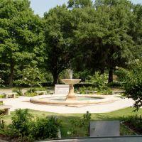 Memorial Fountain, Берри Хилл