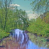 Brush Creek along State of Franklin Blvd, Джохнсон-Сити
