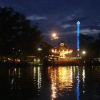 Lake Winnie at night, Ист Ридж