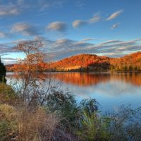 Melton lake at Fall, Карнс