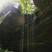 Northrup Falls in Colditz Cove near Allardt, TN, Ниота
