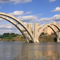 Beautiful Light! Deconstructing the Henley Street Bridge in Knoxville, Tennessee, Ноксвилл