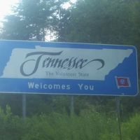 Tennessee from Kentucky on I-75, Онейда