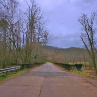 A Bridge over Bull Run Creek: Winter Edgemoor, Онейда