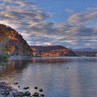 Melton lake at Fall, Саут-Клинтон