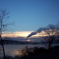 Steamy Sunrise over Melton Hill Lake (2005-01-01 01), Саут-Клинтон