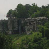 Rock City Falls (~70), Сентертаун