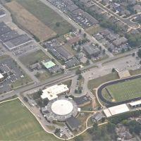 Ellis Middle School/ EB Wilson High School, Хендерсонвилл