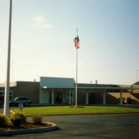 Terminal Building at McKellar-Sipes Regional Airport, Jackson, TN, Хорнсби