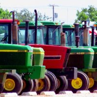 Used Tractors, Аспермонт