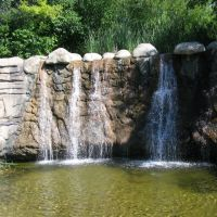 Waterfalls in the pioneer cemetery park, Даллас