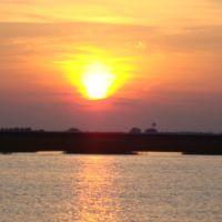 un atardecer en bayou vista, Джакинто-Сити