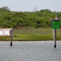 Texas Channel Light 19 and Texas City Security Zone Marker 1, Идалоу