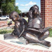 Bronze sculpture, Centennial Park, Mesquite, TX, Мескуит