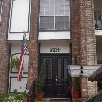 Roof Repair Houston Townhome, Пайни-Пойнт-Виллидж