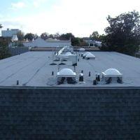 Trafalgar III Townhomes AFTER Live Oak Construction Quality Roof Replacement, Пайни-Пойнт-Виллидж