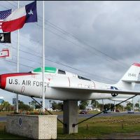 An F-84F beside an American Legion post outside Ellington AFB in Houston, Texas, Пирленд