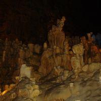 Inside Natural Bridge Caverns, Пирсалл