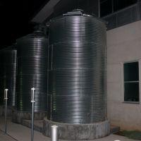Rain Barrels at LCRAs Redbud Center, Роллингвуд