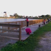 Pier fishing in Resaca San Benito,Tx., Сан-Бенито