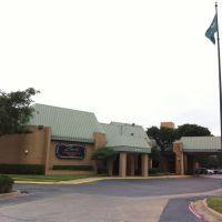 Holiday Inn Select, Фармерс-Бранч