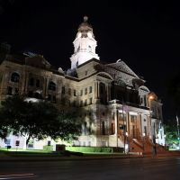 Renovated courthouse at night, Форт-Уэрт