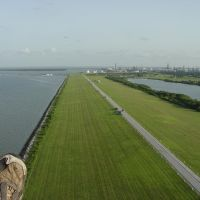 Powered Paragliding Over Texas City Levee, Худсон
