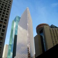 Wells Fargo Bank Plaza, 1100 Louisiana Building & Hyatt Hotel, Хьюстон