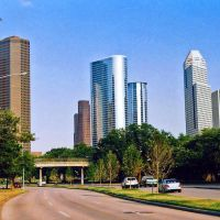 Houston Skyline with Allen Parkway, Хьюстон