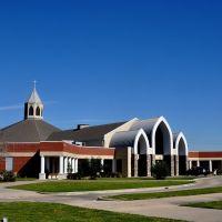 Nhà thờ Đức Kitô Ngôi Lời Nhập Thể - Christ, The Incarnate Word Catholic Church. Houston, Texas, Эль-Кампо