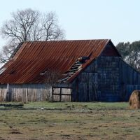 Old barn near La Grange, Texas, Эль-Кампо