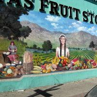 Natures bounty at Matas Fruit Store., Эль-Пасо