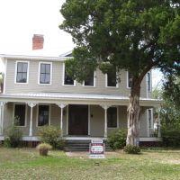 House, Апалачикола
