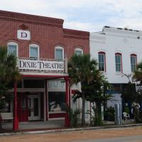 That Place on 98 - Dixie Theatre - Apalachicola, Florida, Апалачикола