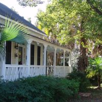 Victorian Cracker house, historic Apalachicola Florida (11-27-2011), Апалачикола