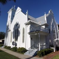 First United Methodist Church, built in 1901, historic Apalachicola Florida (11-26-2011), Апалачикола