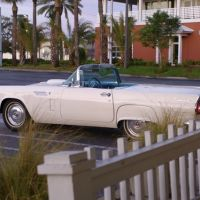 Classic Car In Neptune Beach, Атлантик-Бич