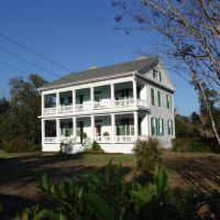 1847 Thompson house, was moved away from the river in 1913, Bagdad Fla (12-31-2011), Багдад