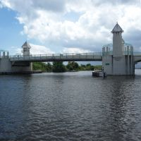 Ocean Ave. Draw Bridge across the ICW, Бойнтон-Бич